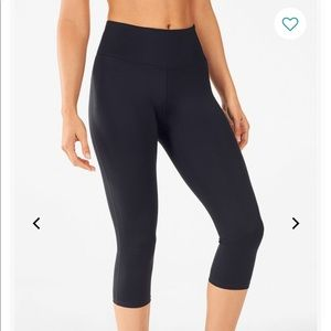 Fabletics High-Waisted UltraCool Crop